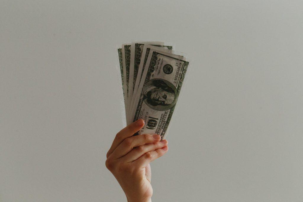 Al conseguir trabajo en Australia, ¿Cuánto debería cobrar?