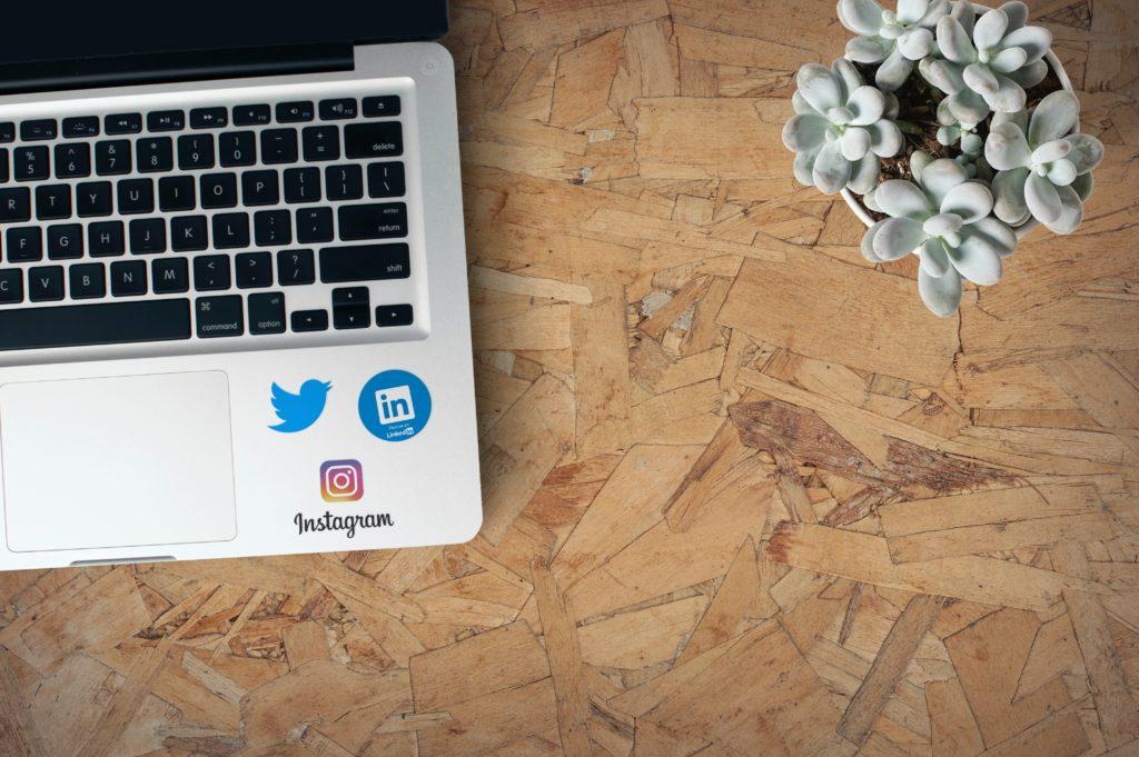 Determinación de perfil dudos en redes sociales para la visa australiana